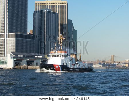 Us Coast Guard Boat Skyline