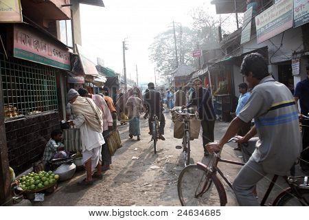 People On Market In Baruipur