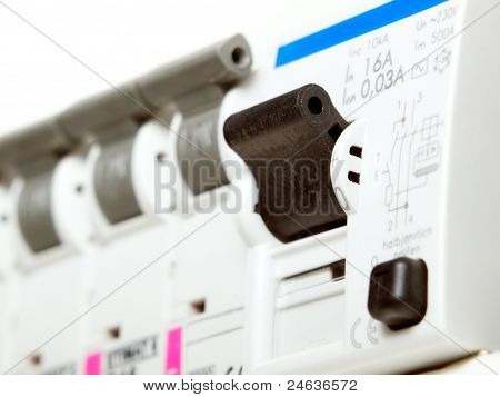 Electric Fuses