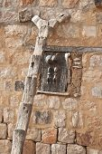 image of dogon  - Used by the Dogon to climb to upper floors of houses and granaries. The Dogon are best known for their mythology their mask dances wooden sculpture and their architecture. - JPG