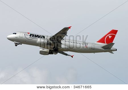 Northwest Airlines Airbus A-320 Passenger Jet