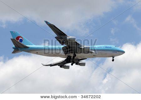 Korean Air Cargo Jet