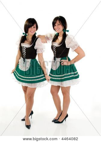Twin Beer Girls