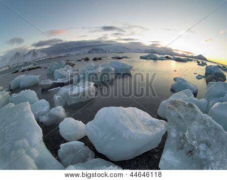 Landscapes of the Arctic: glaciers