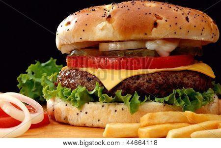 hamburguesa, cebolla & papas fritas comida perfecta