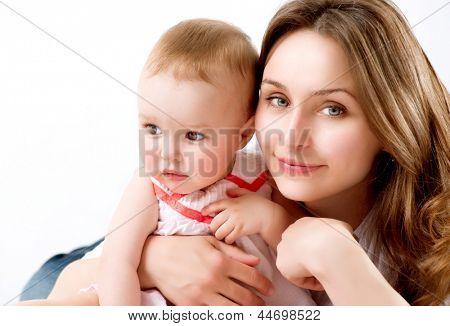 Mãe e bebê. Família feliz