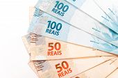 picture of brazilian money  - Brazilian money to businesses - JPG