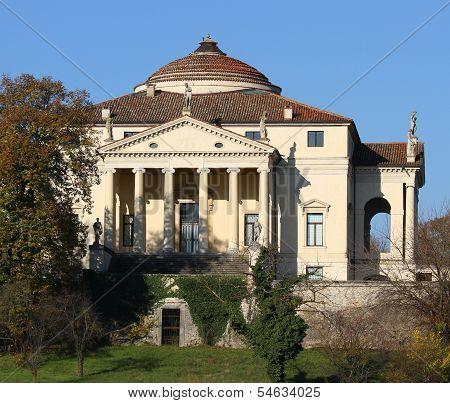 Beautiful Villa Called La Rotonda In Vicenza In Italy In Autumn 8