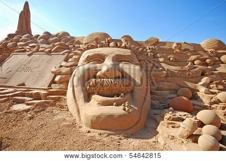 Fantastic Sand Sculpture With Head Of Einstein