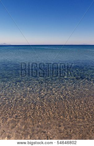 Blue sea, limpid water panorama