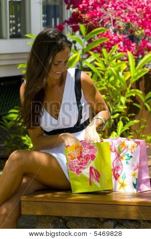 Hawaii Happy Shopper