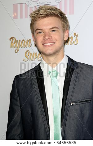 LOS ANGELES - APR 27:  Kenton Duty at the Ryan Newman's Glitz and Glam Sweet 16 birthday party at Emerson Theater on April 27, 2014 in Los Angeles, CA
