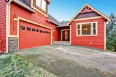 picture of red siding  - House exterior - JPG