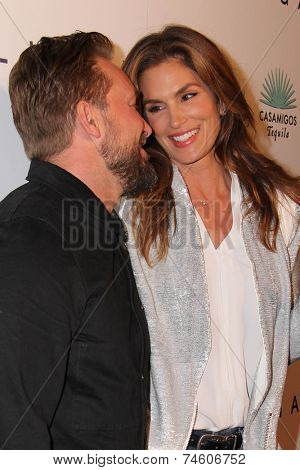 LOS ANGELES - OCT 23:  Cindy Crawford, Brian Bowen Smith at the Opening of Brian Bowen Smith's
