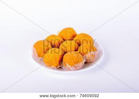 Motichoor Laddoo (indian Sweet)