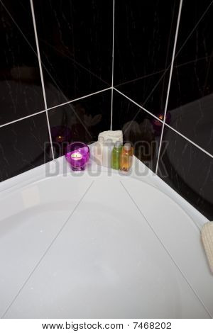 Bubble Bath With Candle And Lotions