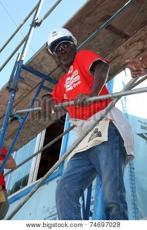 LOS ANGELES - OCT 25:  Glynn Turman at the Habitat for Humanity build by Showtime's