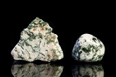 picture of uncut  - moss agate uncut and Tumble finishing with black background and reflection - JPG