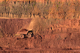 picture of open-pit mine  - Loaded Tip - JPG
