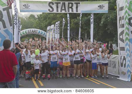 Asheville Color Runners At The Starting Line