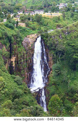 Waterfall Devon, Sri Lanka
