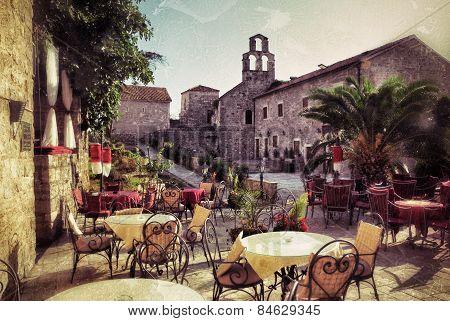 Montenegro, Street Cafe