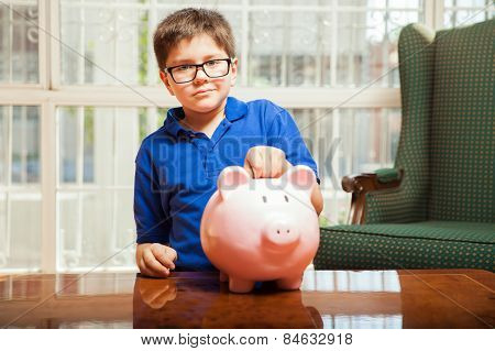 Saving Money On A Piggy Bank