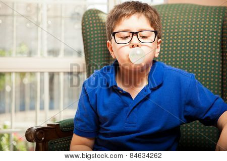 Making Big Bubble With Gum