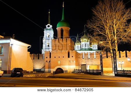 The main tower and the entrance to the Kremlin. Tula, Russia