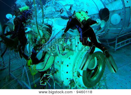 Spacewalk Training In The Water