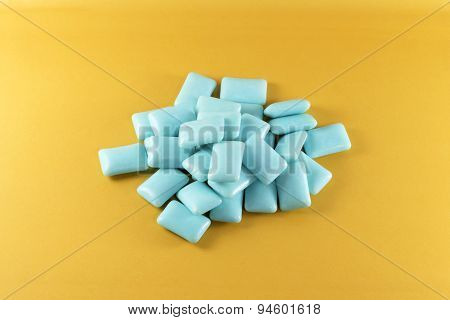 Blue chewing gum