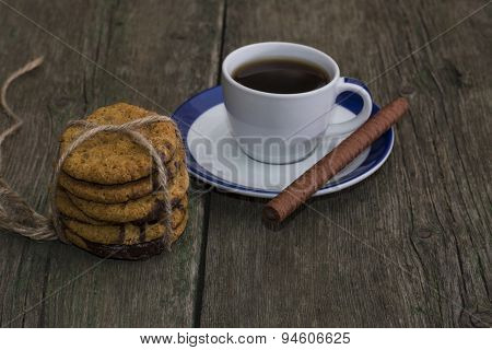 Linking Of Oatmeal Cookies Of Coffee Of A Circle
