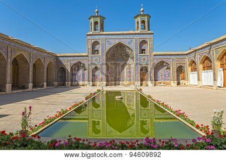 Nasir al-Mulk Mosque pool