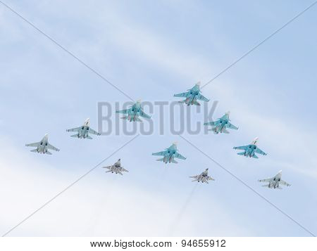 10 Military Aircraft Mig-29 And Sukhoi Flying Pyramid