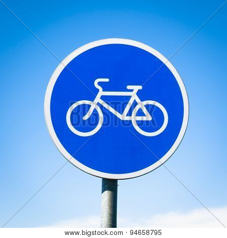 round bicycle lane sign