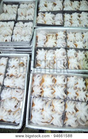 Vung Tau, Vietnam - September 28, 2011: Octopus Raw Material Is Ready To Be Frozen In Tray In A Seaf