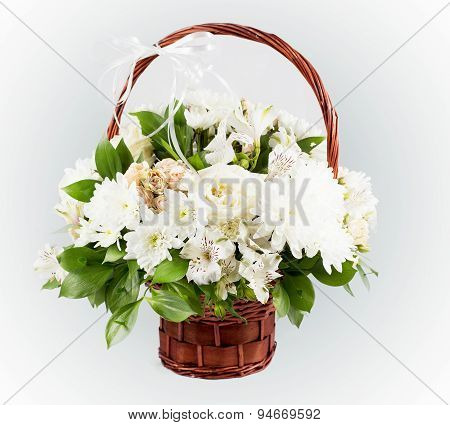 Bouquet Of Lilies And Roses