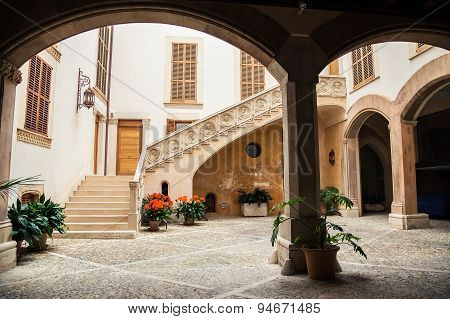 The Typical Majorca Courtyard