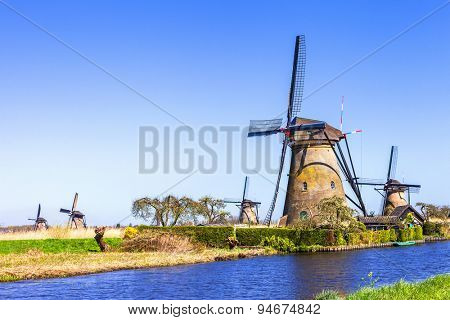 traditional Holland countryside - Kinderdijk, valley of windmill