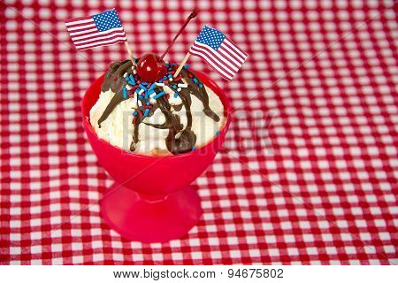American Hot Fudge Sundae