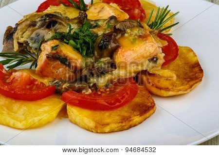 Roasted Salmon With Potato And Tomato