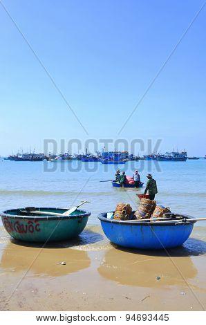 Lagi, Vietnam - February 26, 2012: Local Fishermen Are Preparing Their Fishing Nets For A New Workin