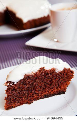 Chocolate Cake With White Cream