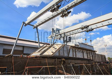 Military Gunt Boat Under Construction, Supper Structure Assembly Step
