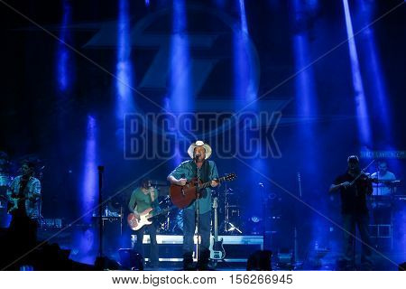 LAKE WALES, FL-NOV 4: Tracy Lawrence performs at the CountryFlo Music and Camping Festival on November 4, 2016 in Lake Wales, Florida.