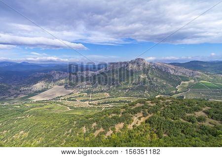 View of Crimean mountains from the Tokluk-Sirt ridge. September.