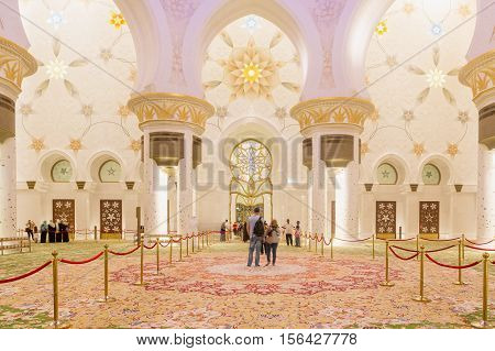 ABU DHABI UAE - NOVEMBER 5 2016 : Magnificent interior of Sheikh Zayed Grand Mosque in Abu Dhabi. It is the largest mosque in UAE and the eighth largest mosque in the world.