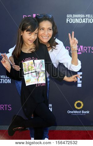 LOS ANGELES - NOV 13:  Constance Marie, Luna Marie Katich at the P.S. ARTS Express Yourself 2016 at Barker Hanger on November 13, 2016 in Santa Monica, CA