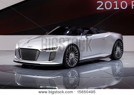 PARIS, FRANCE - SEPTEMBER 30: Paris Motor Show on September 30, 2010 in Paris, Audi e-tron Spyder, front view