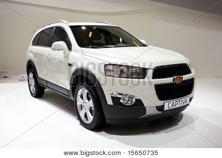 PARIS, FRANCE - SEPTEMBER 30: Paris Motor Show on September 30, 2010 in Paris, showing Chevrolet Captiva, front view